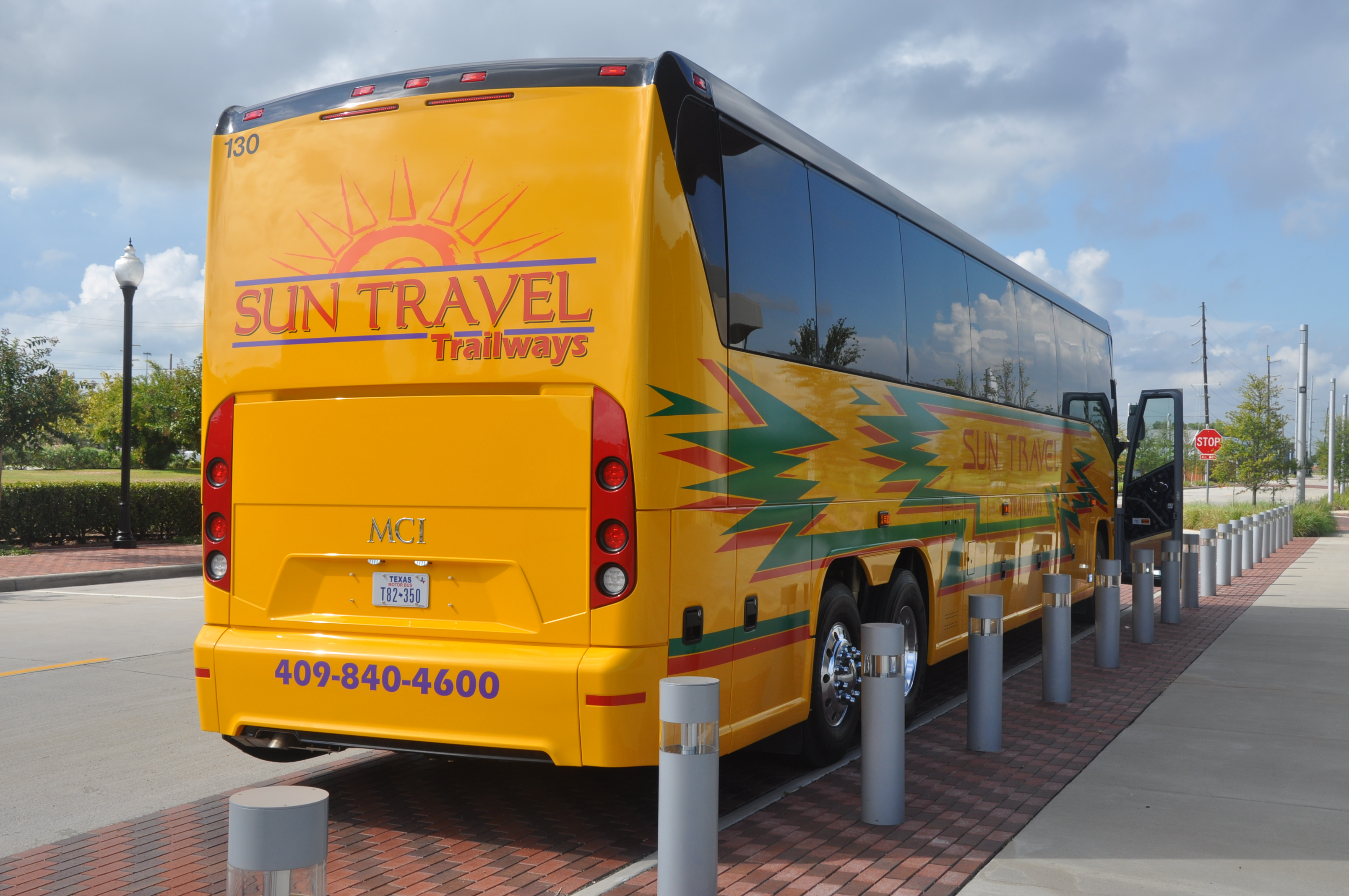 Houston Charter Bus Rentals | Buses for Group Trips | Beaumont Motor